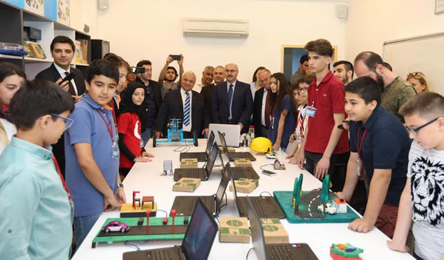 Turkcell'in 'Zeka Küpü' projesinin yeni durağı Aydın oldu
