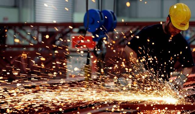 ABD'de sanayi üretimi beklentinin üstünde arttı
