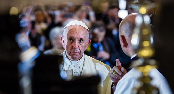 Papa'dan finansal piyasalara uyarı