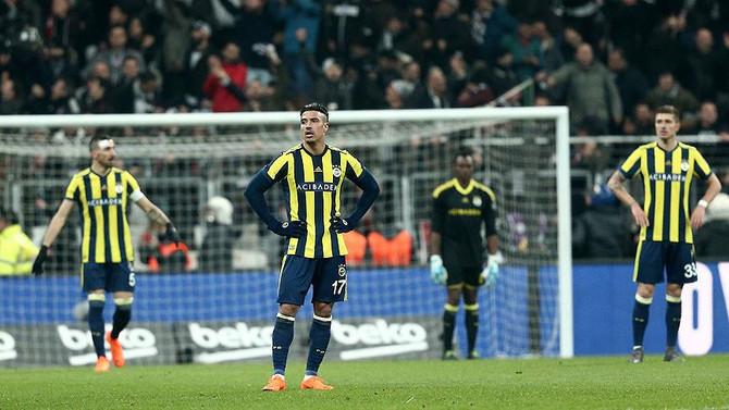 Fenerbahçe şampiyonluğu evde bıraktı