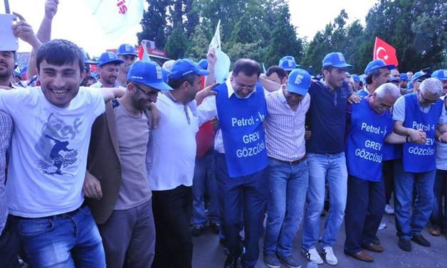 Soda Sanayii'deki grev ertelendi