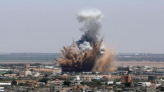 İsrail'den Gazze'ye top atışı: 1 ölü, 1 yaralı