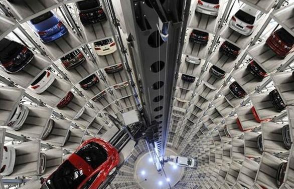 Otomotiv pazarı nisanda yüzde 6.4 daraldı