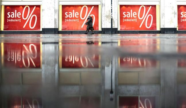 Euro Bölgesi'nde enflasyon hedeften uzaklaştı