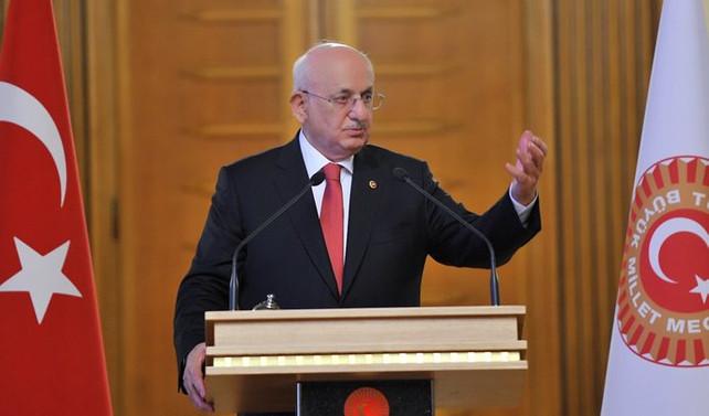 AK Parti'de Kahraman ve Davutoğlu ile birlikte 7 önemli isim aday değil
