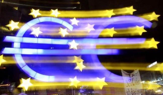 Euro Bölgesi'nde ekonomik güven azalmaya devam ediyor