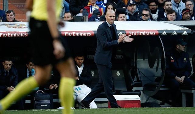 Real Madrid'de Zidane istifa etti