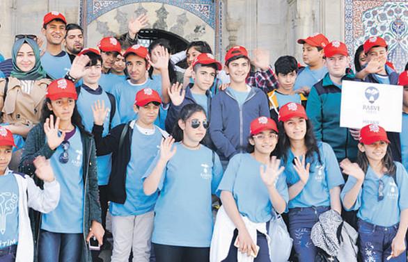 CPM eğitim projesiyle 100 bin öğrenciye ulaşacak