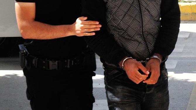 İstanbul'da aralarında HDP'lilerin de bulunduğu 10 kişi tutuklandı