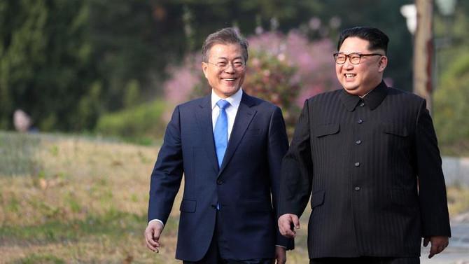 Kore'de barış adımları: Saat dilimleri eşitlendi