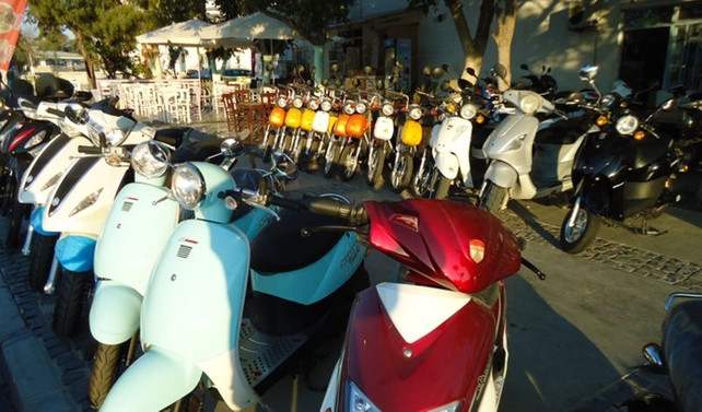 Motosiklet alıcısı 50cc'nin altında modellere yöneldi