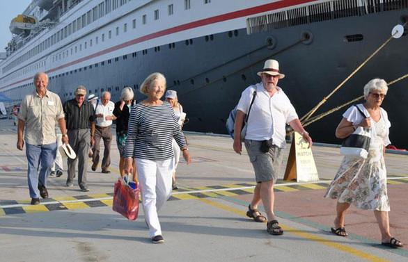 Türkiye'ye 3 milyon İngiliz turist gelmesini bekliyoruz