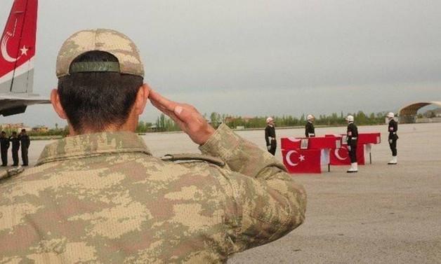 Kuzey Irak'ta şehit olan 3 askere veda