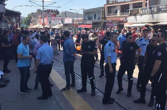 Bursa'da iş yerinde silahlı kavga: 1 ölü, 2 yaralı