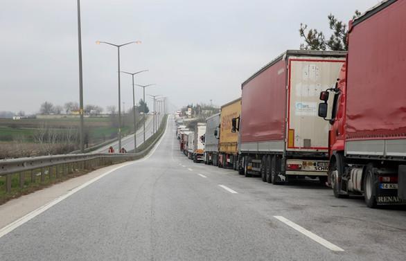 440 TIR Kapıkule'de bekliyor