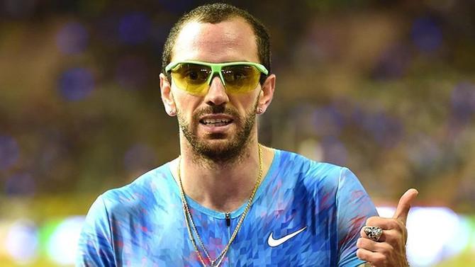 Ramil Guliyev 200 metre yarışını birinci bitirdi