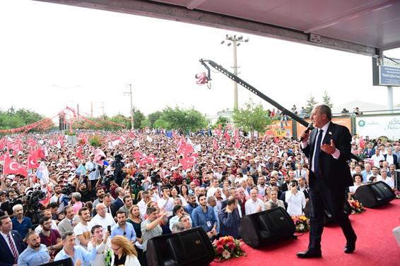 İnce Diyarbakır'da konuştu: Üretim ekonomisine geçeceğiz