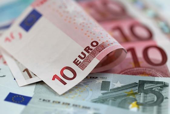 Finlandiya'da iş adamına 63 bin euro trafik cezası