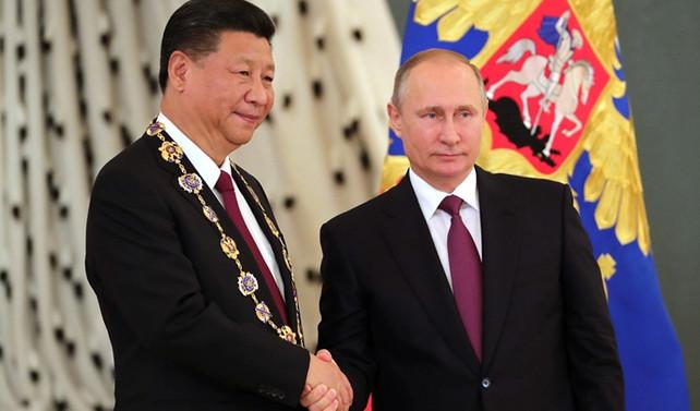 Putin ve Cinping telefonda görüştü