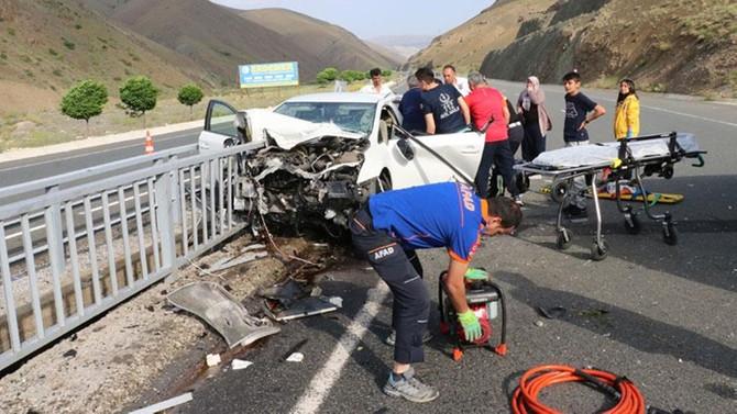 Bayramın ilk gününde trafik kazalarında 15 kişi hayatını kaybetti