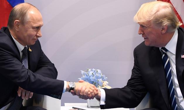 Trump ile Putin bir araya gelecek