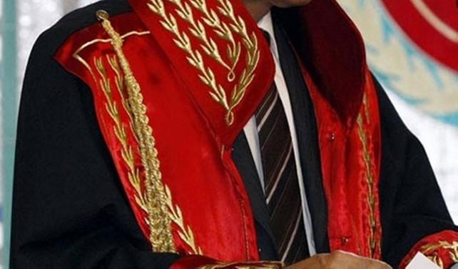 Meclis'in 5'te biri avukat