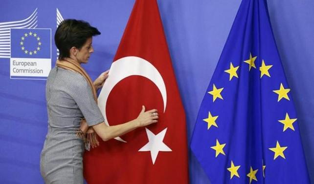 AB'den gelecek 3 milyar euroya İtalya engeli