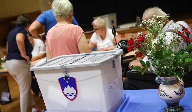 Slovenya'da parlamento seçimi yapılıyor