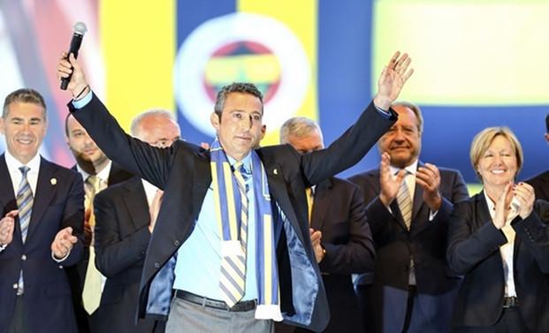 Siyasiler, Fenerbahçe başkanlığına seçilen Koç'u kutladı