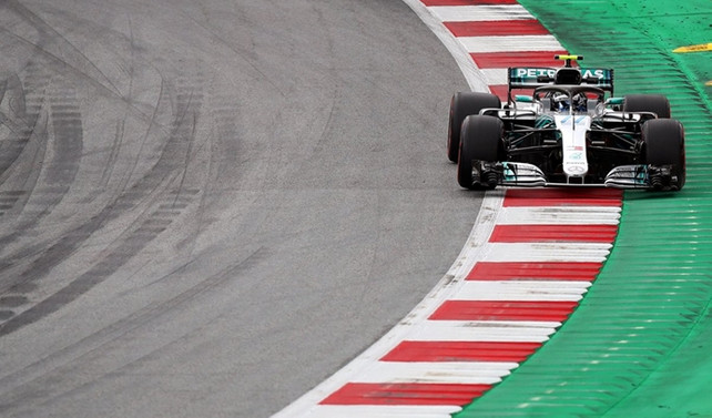 Avusturya'da pole pozisyonu Bottas'ın