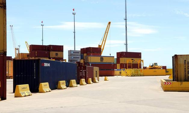 Gümrük ve ticaret merkezleri geliyor