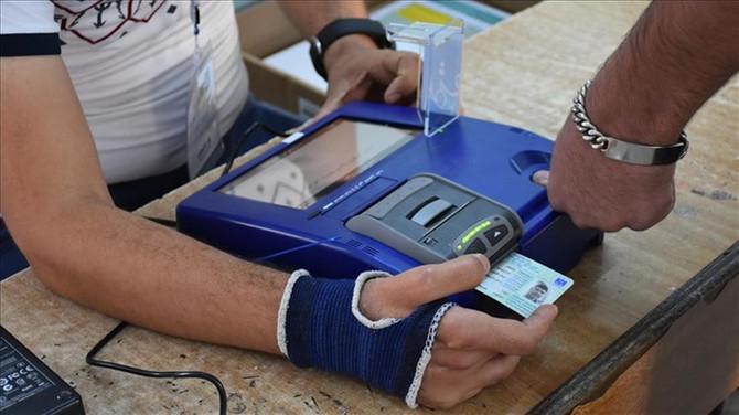 Irak'ta tüm oylar elle sayılacak