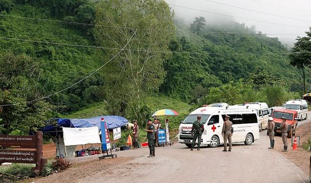 Tayland'da bir çocuk daha mağaradan çıkarıldı