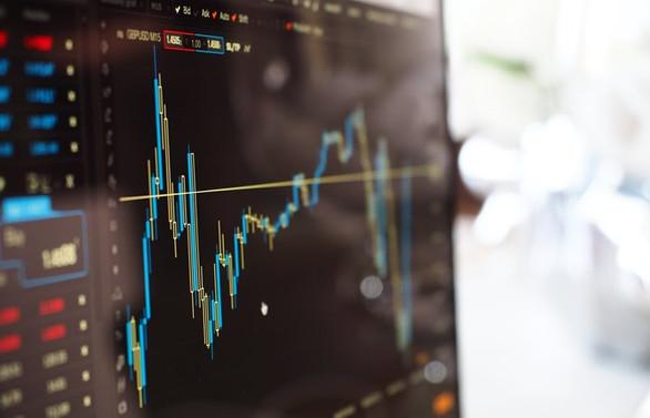 Kabine sonrası piyasalar sert dalgalandı