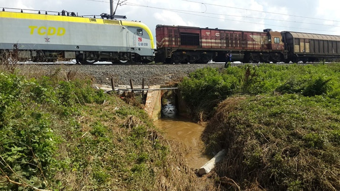 Tren kazasının yaşandığı menfez onarıldı