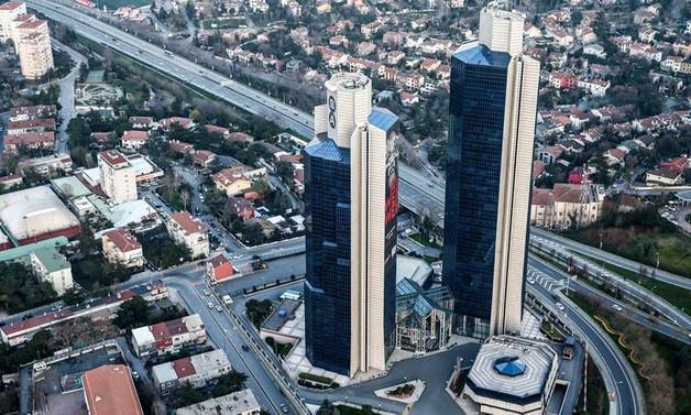 Yarın İstanbul'da hangi yollar trafiğe kapatılacak?