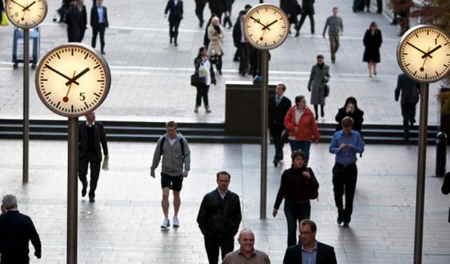 İngiltere'de ücretlerde büyüme 6 ayın dibinde