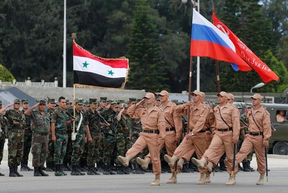 Suriye'den 100 Rus askeri döndü