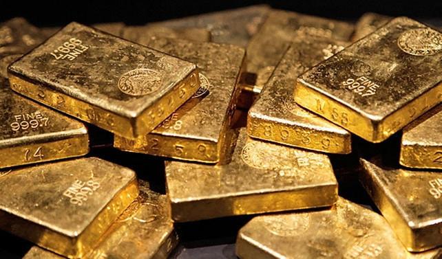 Altının onsu bir yılın en düşüğünde