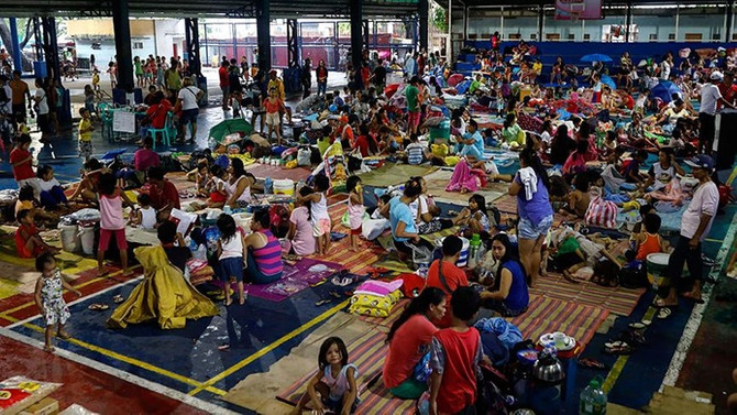 Filipinler'de 'Henry' fırtınası 71 bin kişiyi yerinden etti