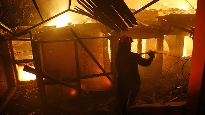 Yunanistan'daki yangınlarda ölü sayısı 74'e yükseldi