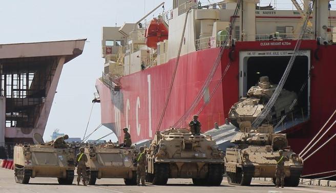 ABD tank ve zırhlı araçları tatbikat için Gürcistan'da