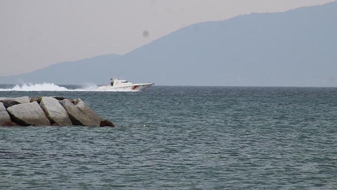 Ege Denizi'nde bot battı: 5 ölü