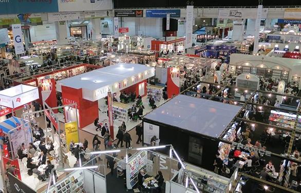 Yabancı firmaların Türkiye'deki fuarlara katılımında yüzde 25 kayıp var!