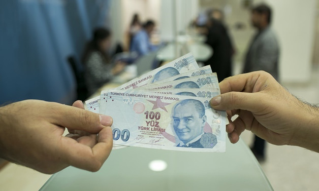 Devletten kredi alan KOBİ'ler devleri fonluyor