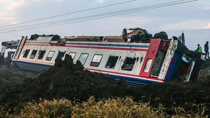 Tren kazasıyla ilgili iki makinist gözaltında