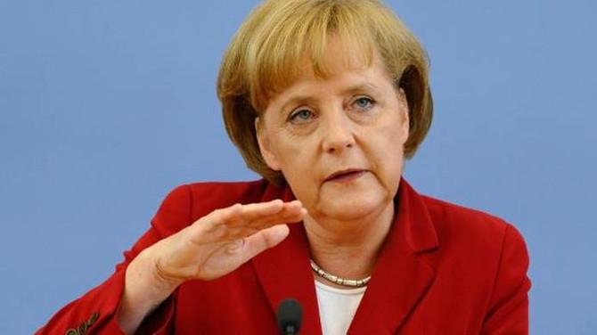 Merkel'den Suriye için '4'lü zirve' mesajı
