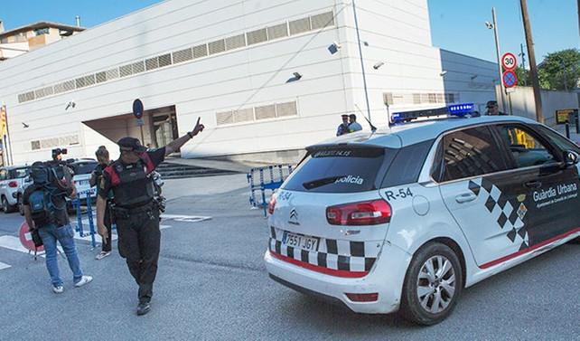 İspanya'da karakola bıçaklı saldırı