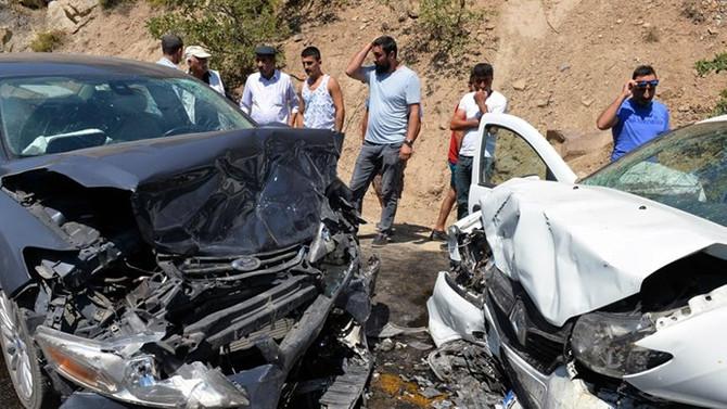 Bayram tatilindeki kazalarda 69 kişi hayatını kaybetti