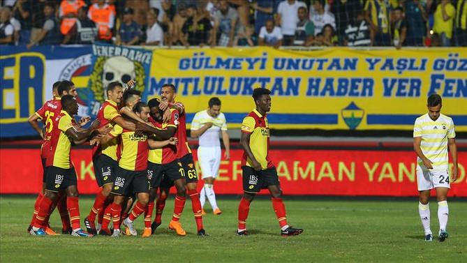 Göztepe, Fenerbahçe'yi puansız gönderdi